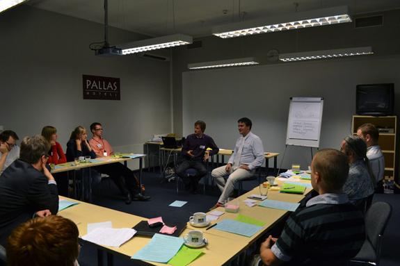 Hetk Võta ette koolituselt, kus Kaspar ja Harald demonstreerivad coachingu põhimõtteid