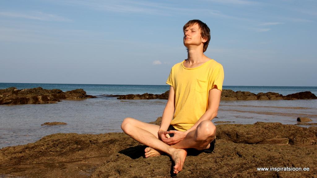 Meditatsioon istudes